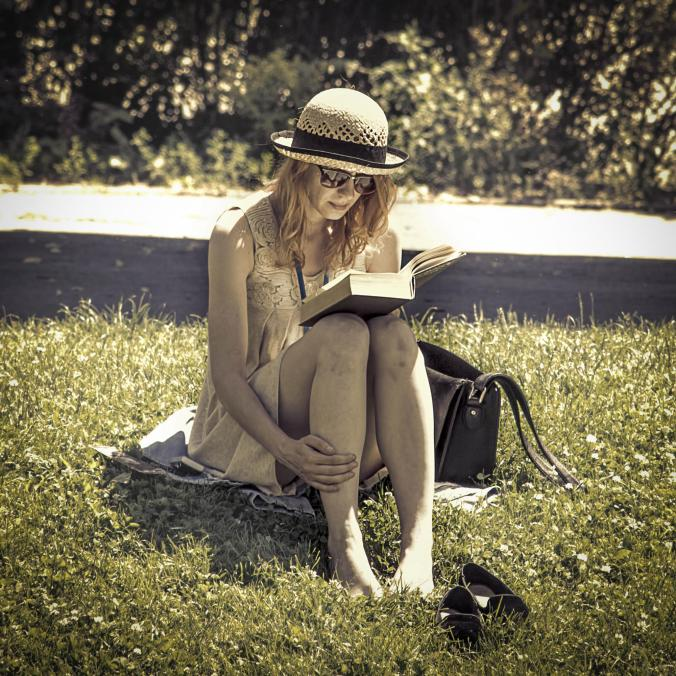A book in the park PJ file image