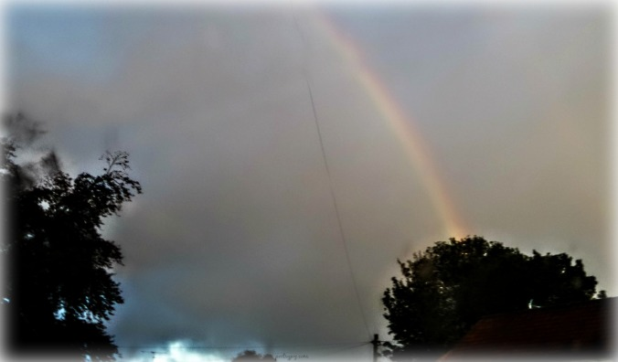write31days-journeying-into-joy-a-feast-of-grace-gifts-emerging-rainbow