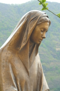 mantle - Mary's covering and our own God-given calling @poetryjoy.com